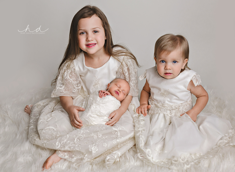 newborn and siblings heirloom dresses mississippi best photographer children
