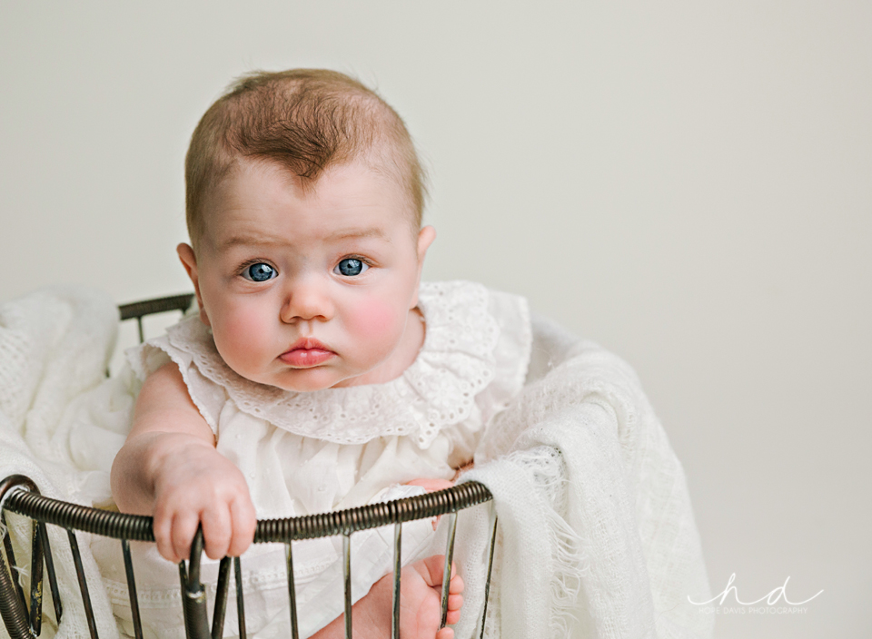 cute baby pics meridian misssissippi photography