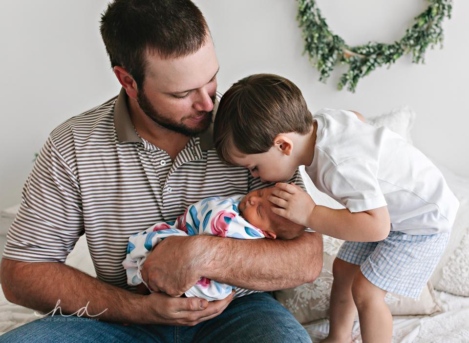 laural mississippi newborn photographer