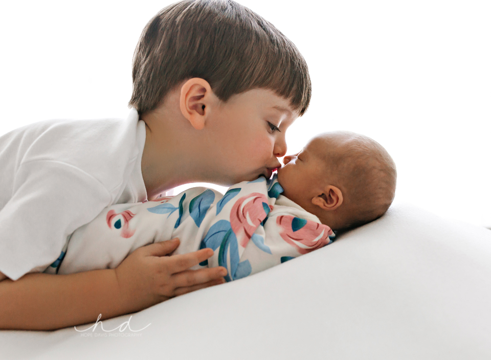 meridian mississippi newborn photographer