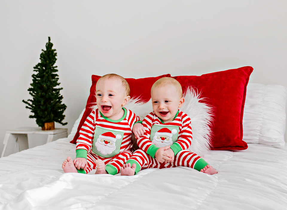 christmas jammies baby photography mississippi