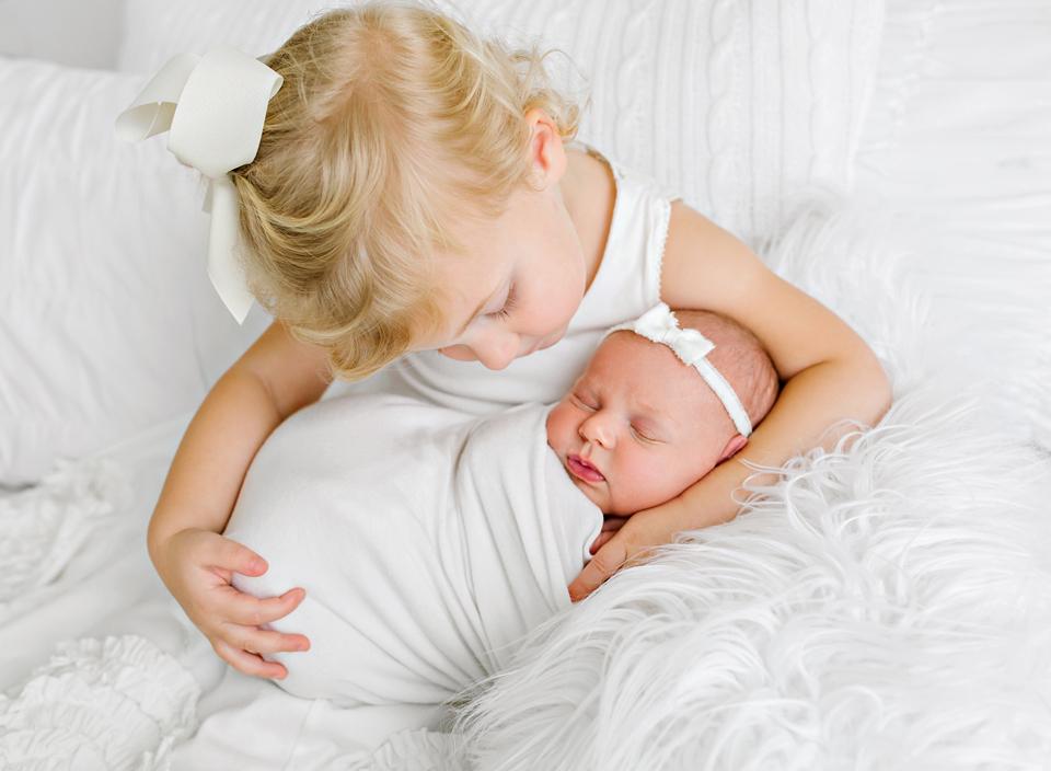 mississippi best newborn portrait photographer