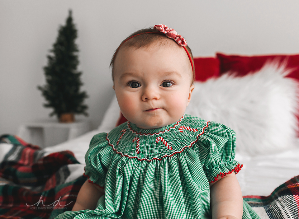 hope davis photography 6 month old christmas session mississippi photography