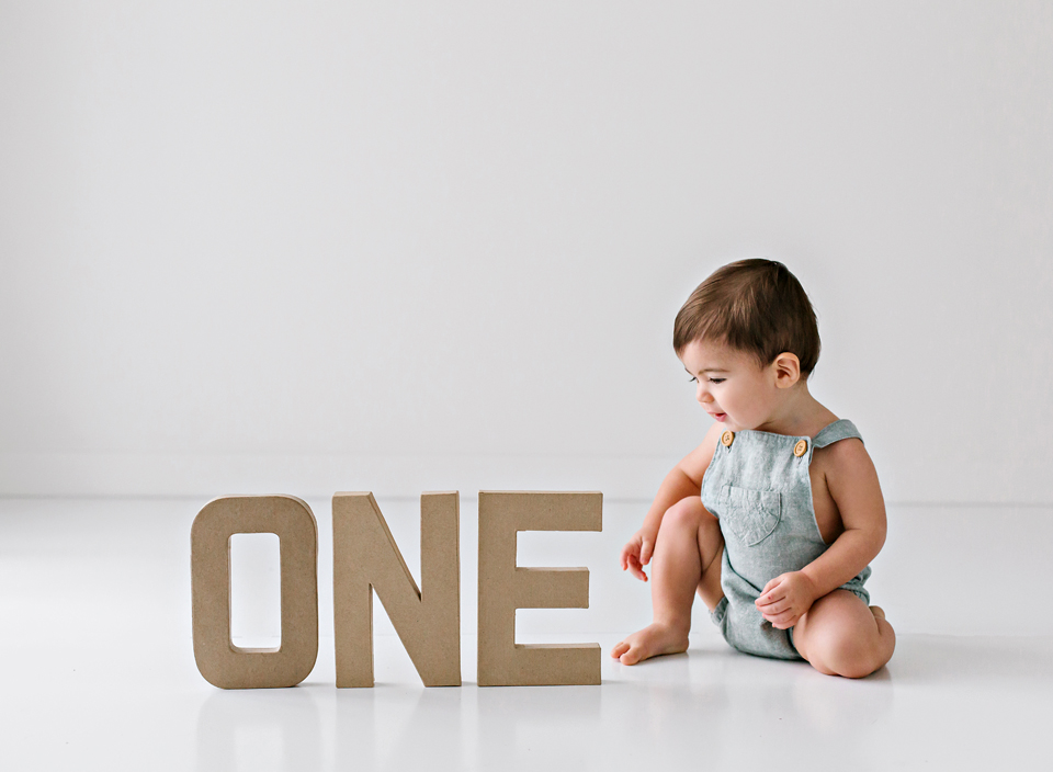 one year baby photographer central mississippi
