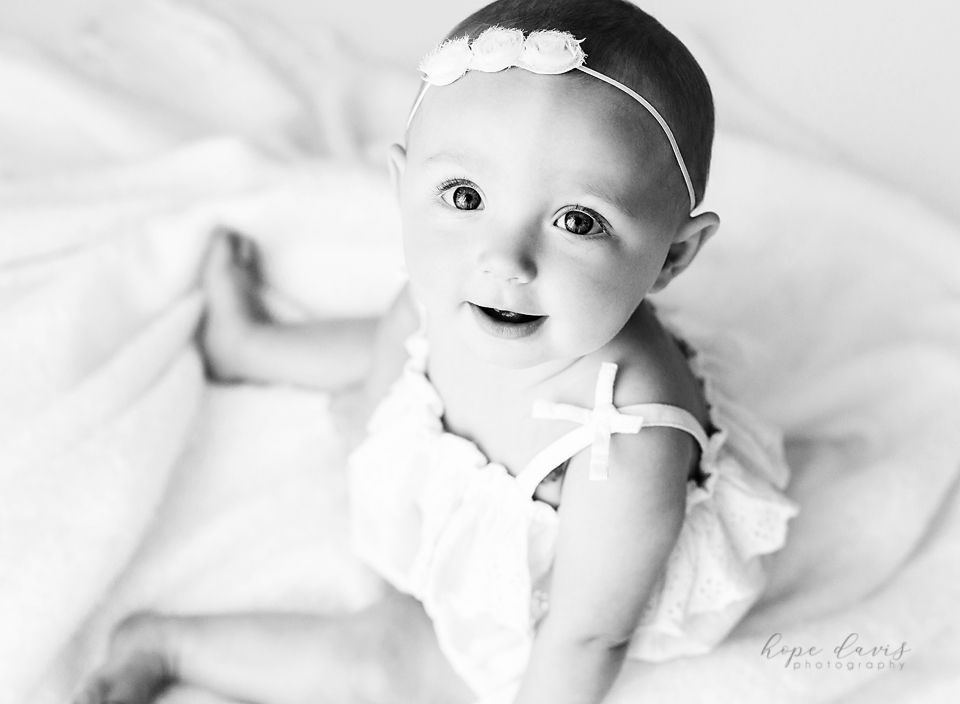 beautiful baby photos in mississippi black and white girl on blanket