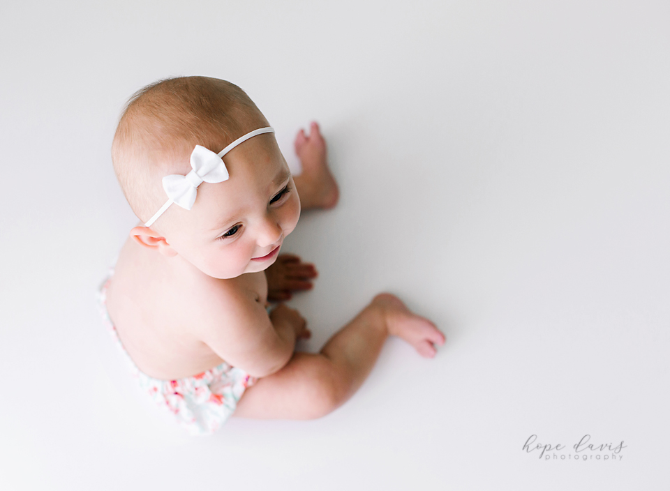 jackson ms baby photography 6 month old pictures hope davis