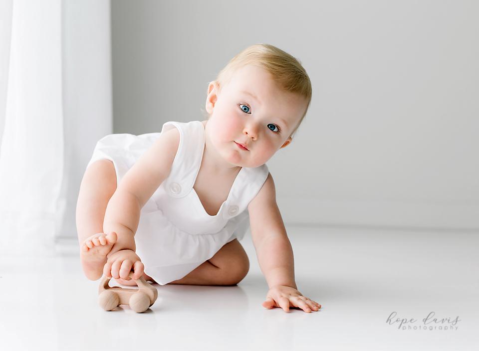 newton mississippi one year old baby photographer hope davis photography